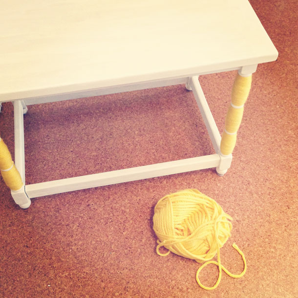 super easy project: yarn wrapped table legs