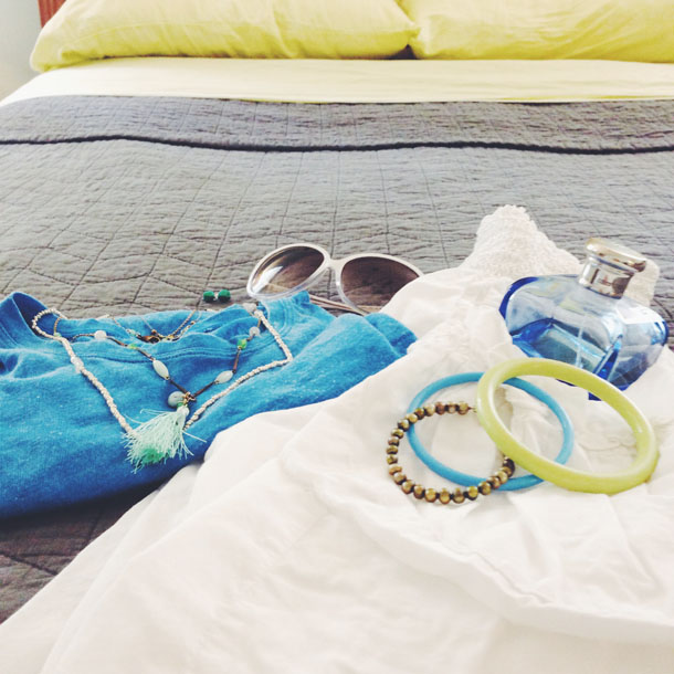 style me: summer blue tee + accessories